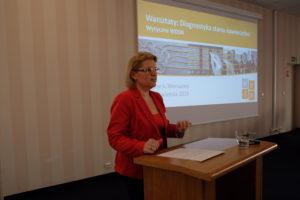 Beata Leszczyńska podczas prezentacji - Warsztaty WDSN